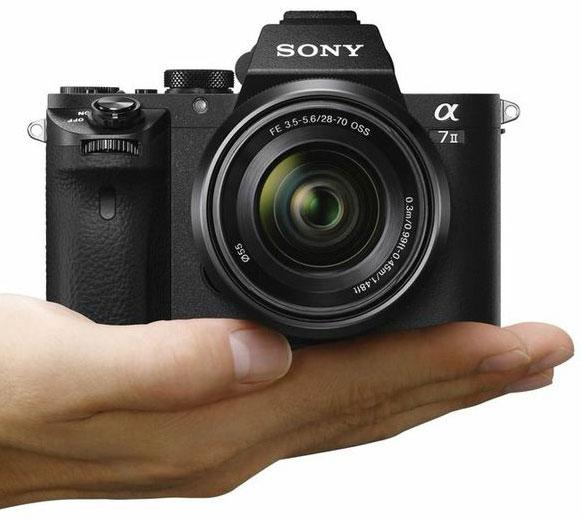 Sony A7R Mark II Review - De prestaties van de A7R zitten in een opvallend kleine behuizing.